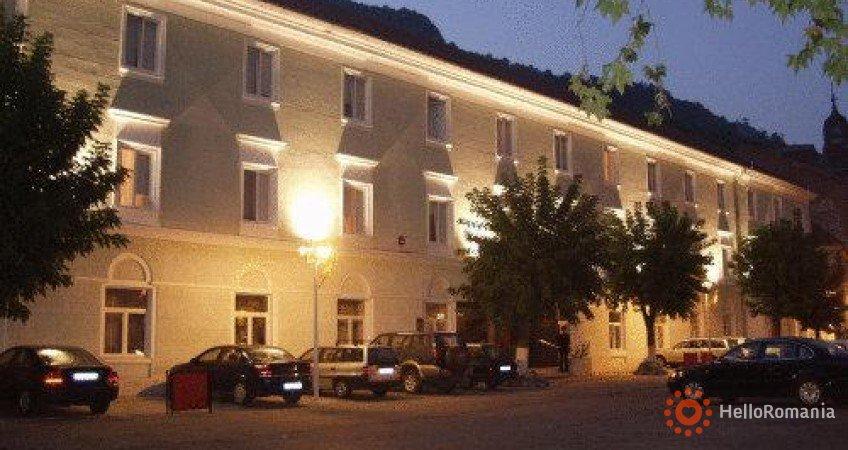 Imagine Hotel Ferdinand Băile Herculane