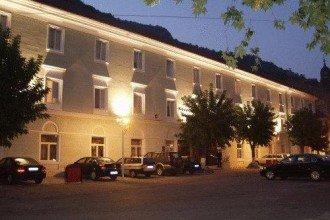 Cazare Hotel Ferdinand Băile Herculane