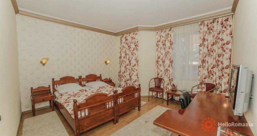 Imagine Hotel Golden Spirit Băile Herculane