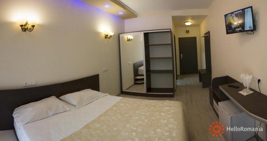 Cazare HOTEL HOLIDAY MARIA