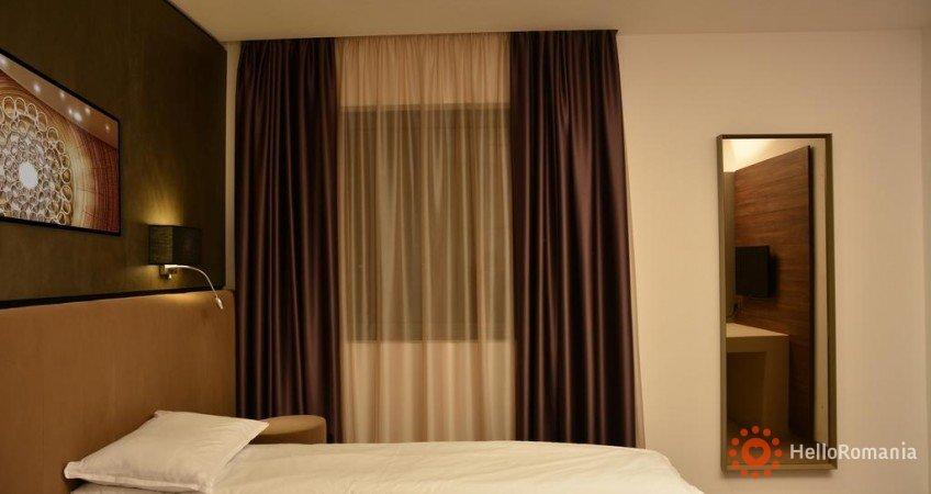 Cazare Hotel Lux Divina