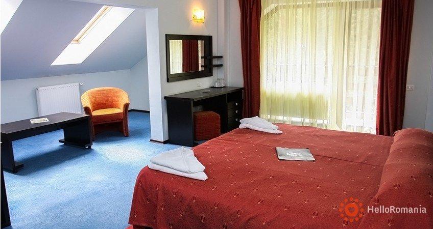 Vedere de ansamblu Hotel Poiana Ursului Brașov