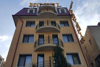 Cazare Hotel Cantemir