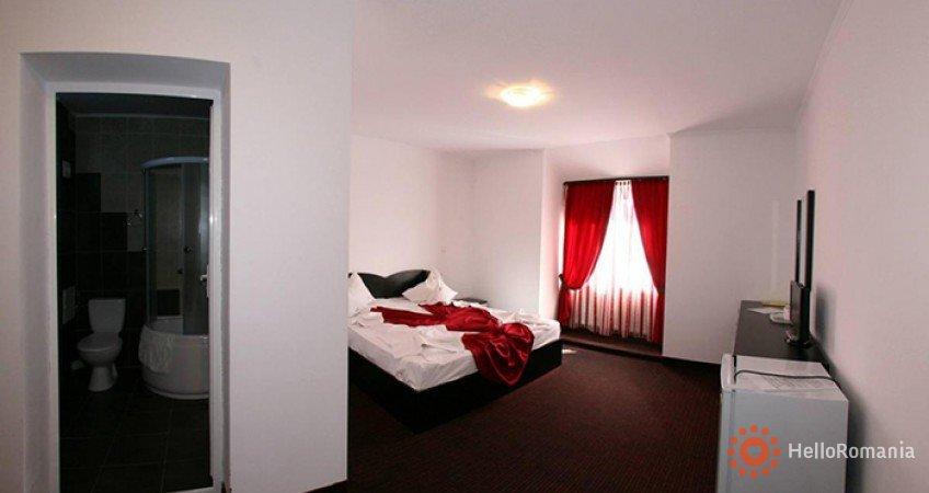 Cazare Hotel Iri