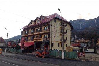 Foto Hotel Maximilian Busteni