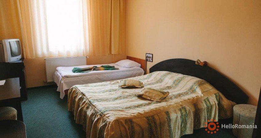 Foto Hotel Paraul Rece Bușteni