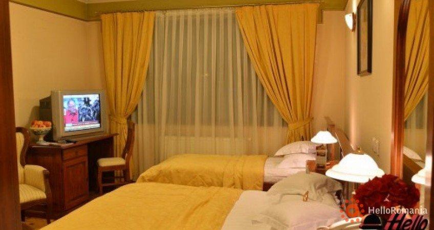 Foto Hotel Crama Haiducilor