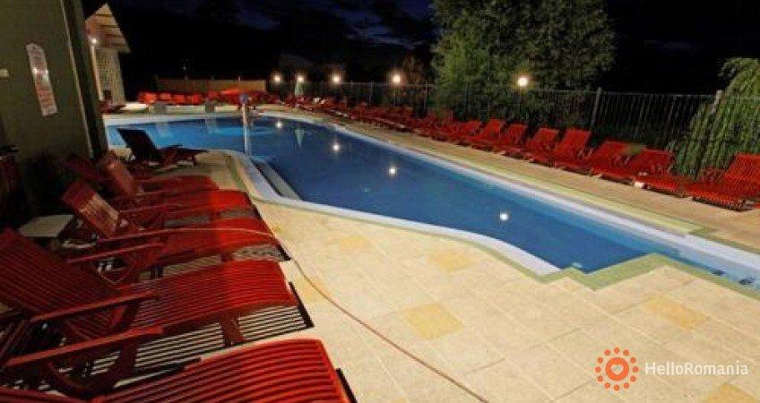 Cazare Complex Hotelier Wellness & Spa Perla