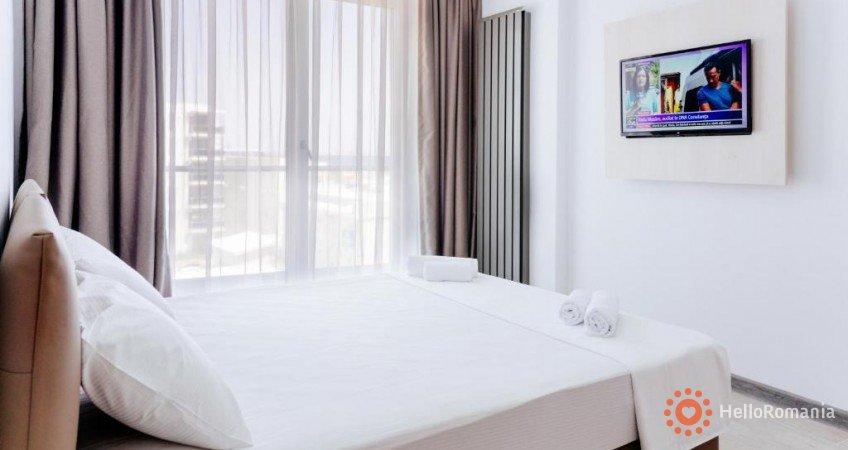Cazare Alezzi Beach Resort Mamaia-Sat