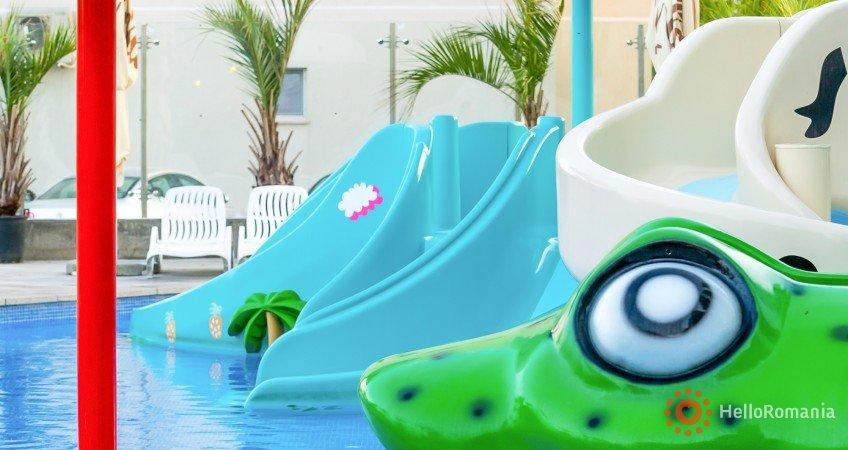Galerie Alezzi Beach Resort