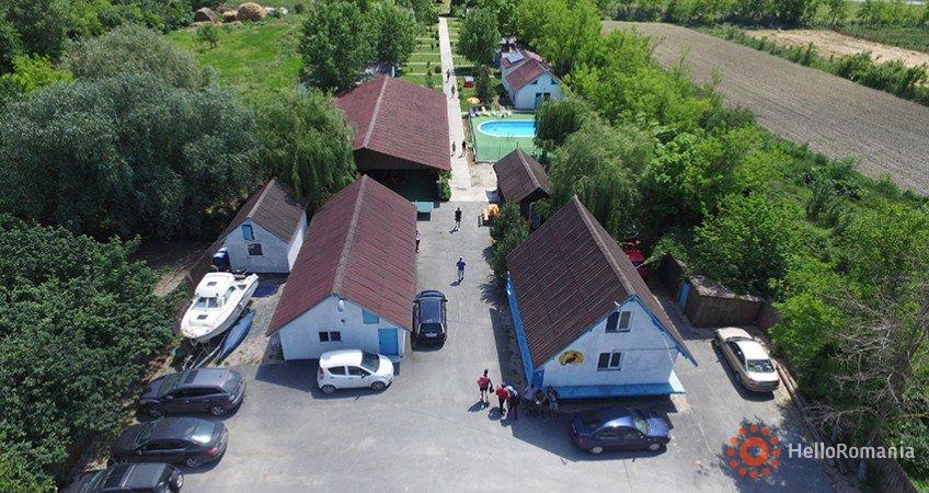 Vedere de ansamblu Campo Euro Club Partizanii