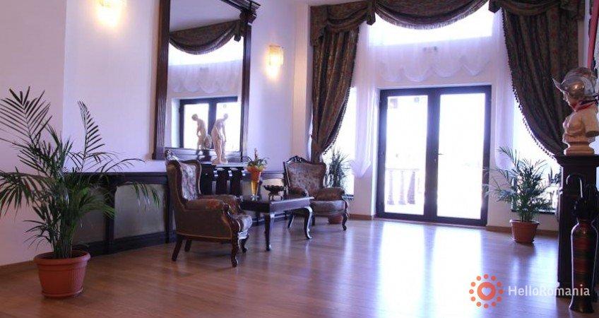 Cazare Hotel Emire Predeluț