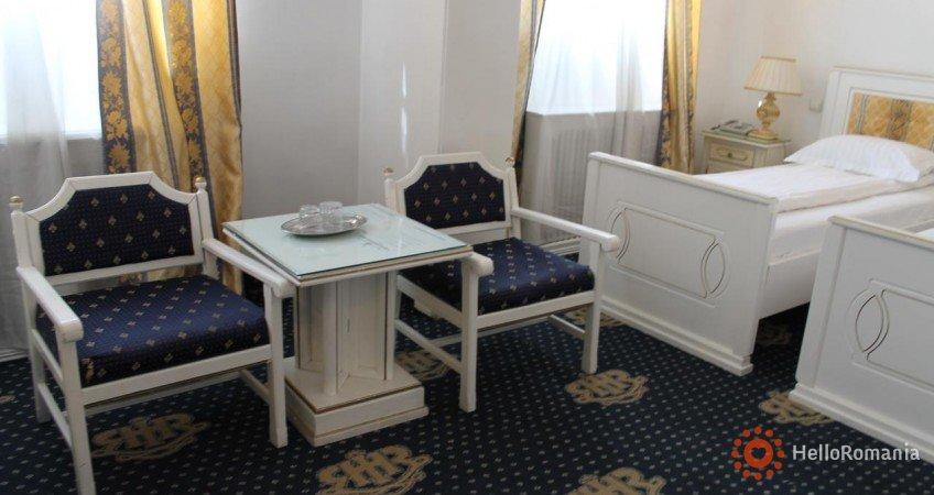 Vedere de ansamblu Hotel Imparatul Romanilor Sibiu