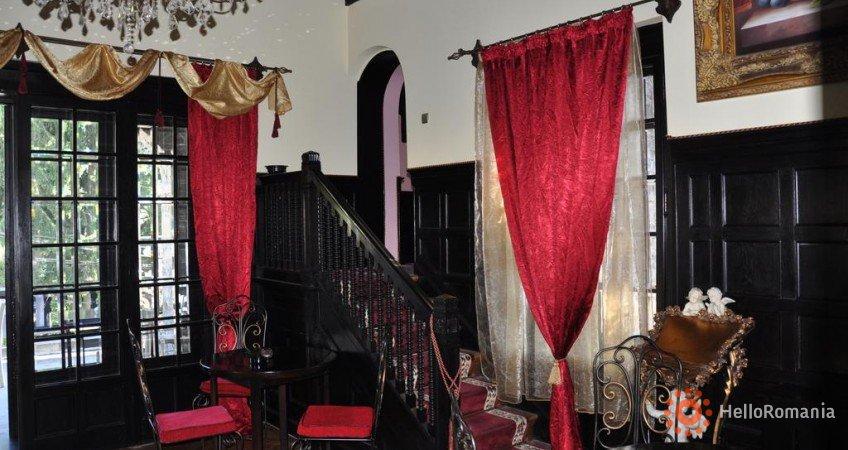 Galerie Casa Cu Farfurii