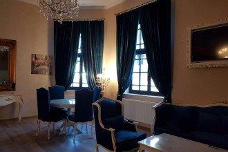 Overview Hotel La Kastel Sinaia
