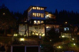 Foto Pensiunea New Aosta Garden
