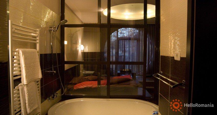 Cazare Hotel Larissa