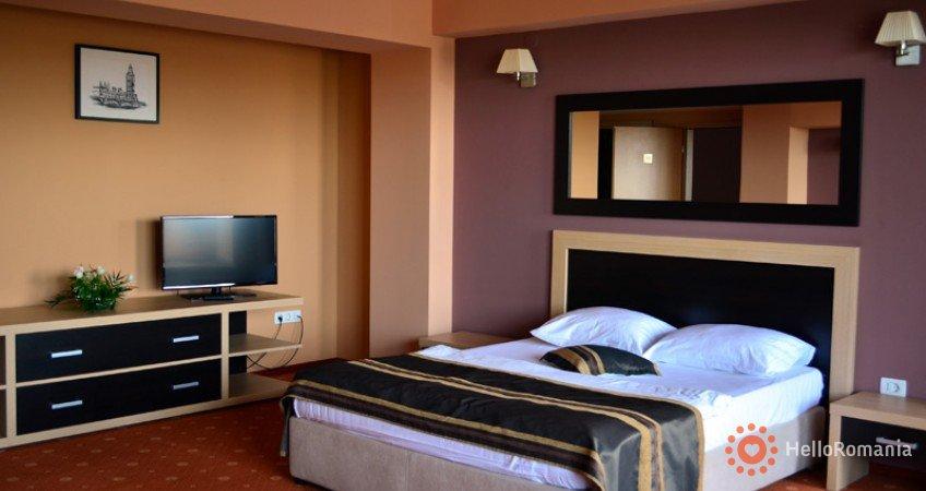 Vedere de ansamblu Hotel Oxford Inns & Suites Timișoara
