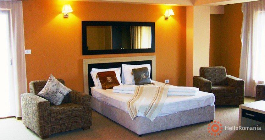 Imagine Hotel Oxford Inns & Suites Timișoara