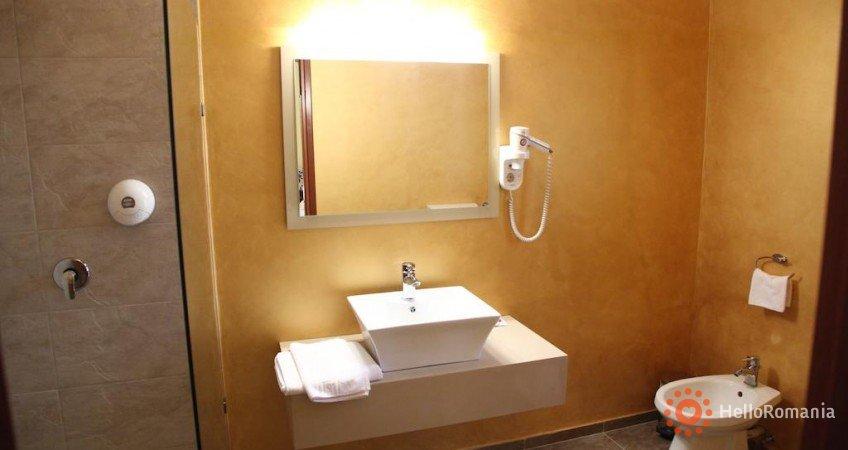 Cazare Hotel Perla D'oro