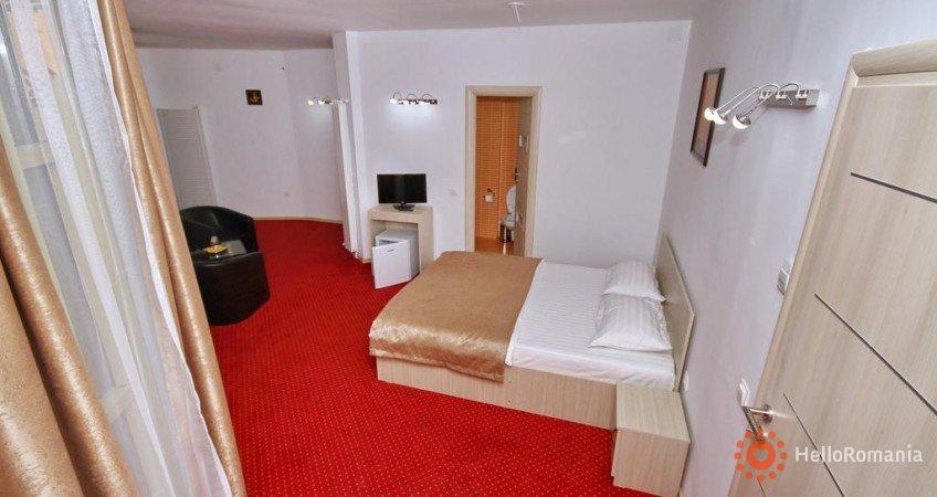 Cazare Hotel Live