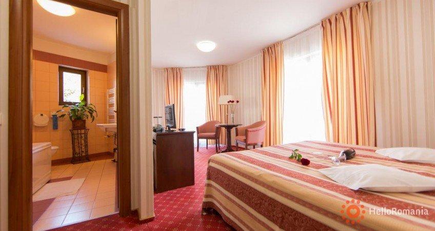 Foto Hotel Brilliant Plaza Zalău