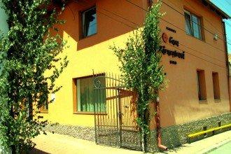 Galerie Pensiunea Casa Zarnesteana